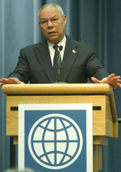 Patriotism「International Officials Discuss Inter-American Bank」:写真・画像(4)[壁紙.com]