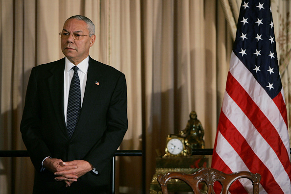 Joe Raedle「U.S. Signs Bilateral Debt Agreement With Iraq」:写真・画像(12)[壁紙.com]