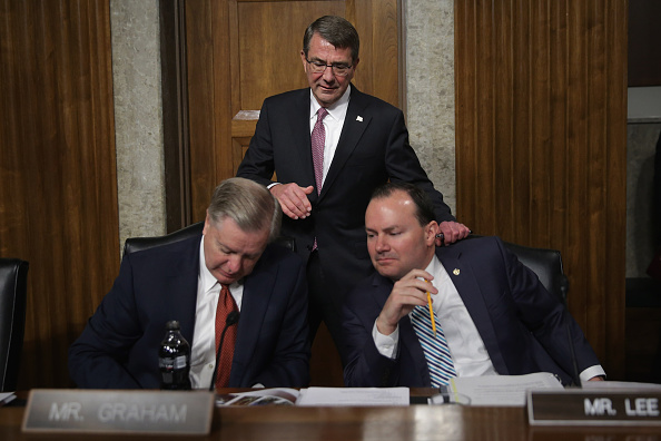 Super Tuesday「Carter And Dunford Appear Before Senate Armed Services Committee」:写真・画像(1)[壁紙.com]