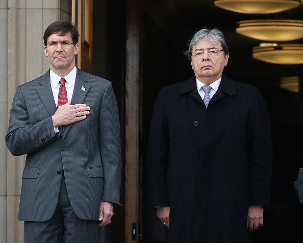 Roped Off「Defense Secretary Esper Hosts Colombian Defense Minister At The Pentagon」:写真・画像(17)[壁紙.com]