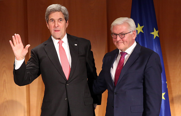 Politics and Government「U.S. Secretary Of State John Kerry Receives German Award」:写真・画像(19)[壁紙.com]