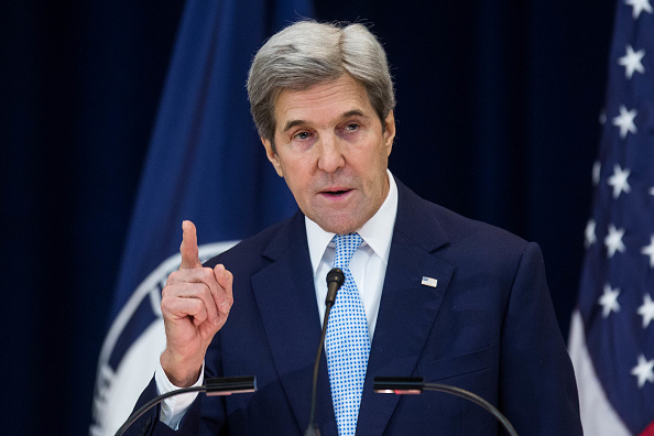 John Kerry「John Kerry Delivers Remarks On Middle East Peace At State Department」:写真・画像(2)[壁紙.com]
