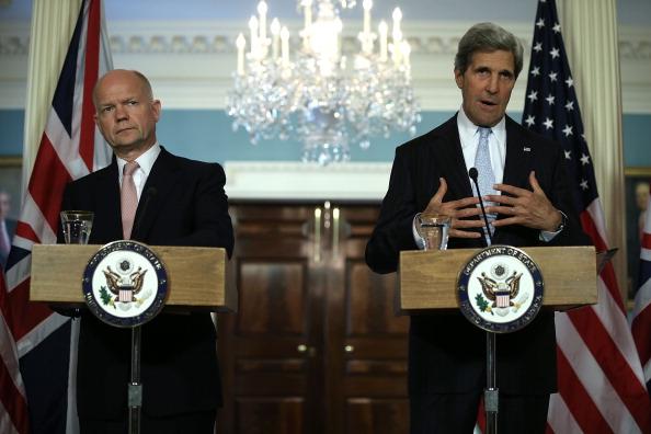 John Kerry「John Kerry Holds Bilateral Meeting With UK Foreign Secretary William Hague」:写真・画像(8)[壁紙.com]