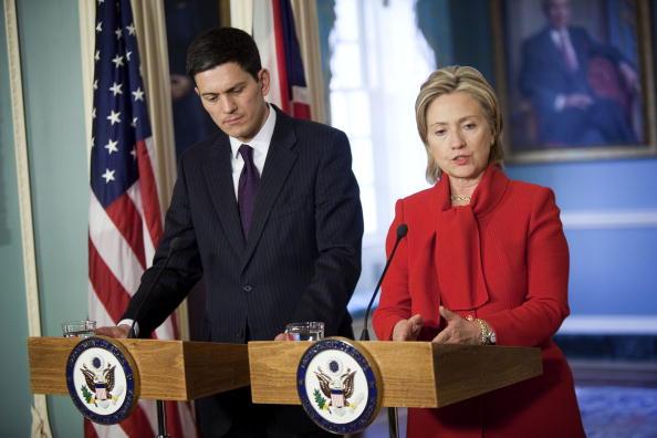Joshua Roberts「Clinton Meets With UK Foreign Secretary」:写真・画像(11)[壁紙.com]