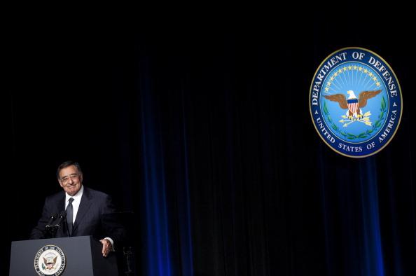 Department Of Defense「Biden Formally Swears In Leon Panetta As U.S. Secretary Of Defense」:写真・画像(2)[壁紙.com]