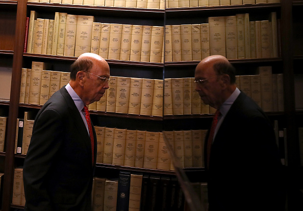 Wilbur Ross「Commerce Secretary Ross Holds Press Conf. With Mexico's  Minister Of Economy」:写真・画像(4)[壁紙.com]