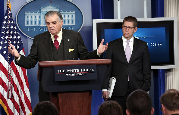 Win McNamee「Transportation Secretary LaHood Addresses How Sequester Cuts Would Impact Air Travel」:写真・画像(1)[壁紙.com]
