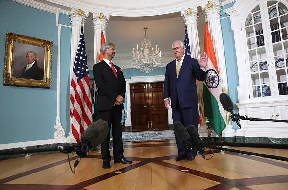 Two People「Secretary Of State Tillerson Meets With Indian Foreign Secretary Subrahmanyam Jaishankar」:写真・画像(9)[壁紙.com]