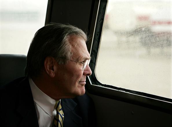 Profile View「Rumsfeld Tours Abu Ghraib Prison」:写真・画像(10)[壁紙.com]