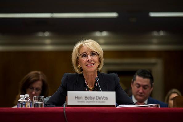 Betsy DeVos「Education Secretary Betsy DeVos Testifies To Senate Committee On Department's Budget」:写真・画像(3)[壁紙.com]