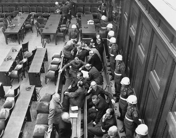 Bench「Nuremberg Trials」:写真・画像(2)[壁紙.com]