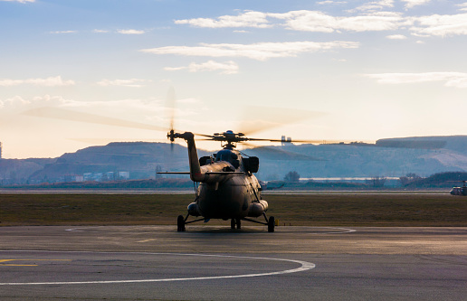 Helicopter「Mi-17 Russian Military Helicopter」:スマホ壁紙(11)