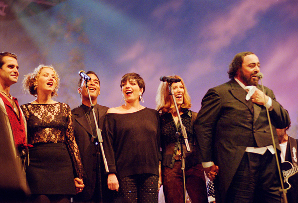 Classical Musician「Pavarotti And Friends For War Child Benefit Concert」:写真・画像(16)[壁紙.com]