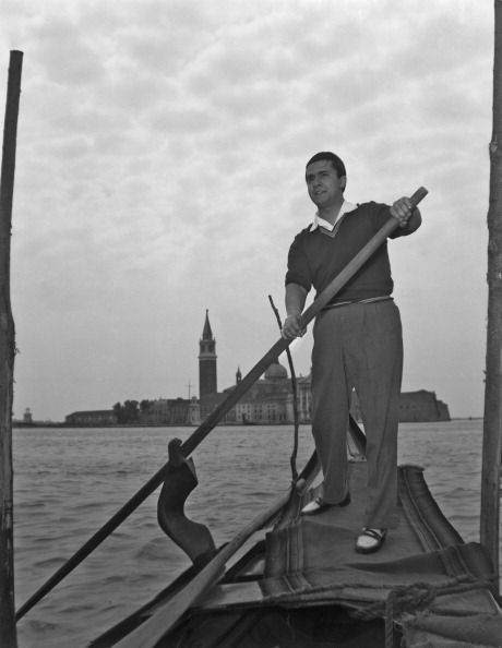 Rowing「Rowing On The Grand Canal」:写真・画像(12)[壁紙.com]