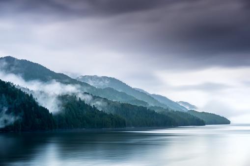 Cruise - Vacation「Misty Fjord Shoreline, Alaska」:スマホ壁紙(9)