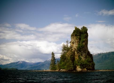 Basalt「Misty fjords national monument New Eddystone Rock, Alaska USA」:スマホ壁紙(15)