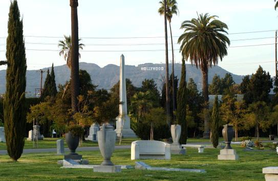 Hollywoodland「Hollywood Cemetery Offers Digital Memories」:写真・画像(3)[壁紙.com]