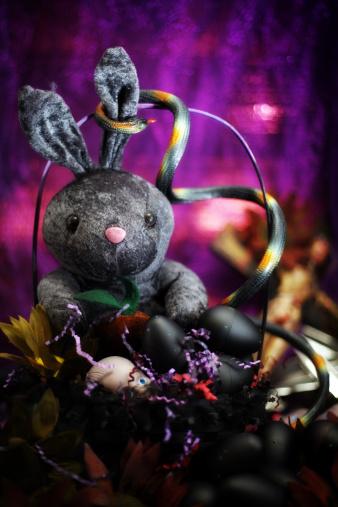 Easter Basket「Dark Easter」:スマホ壁紙(0)