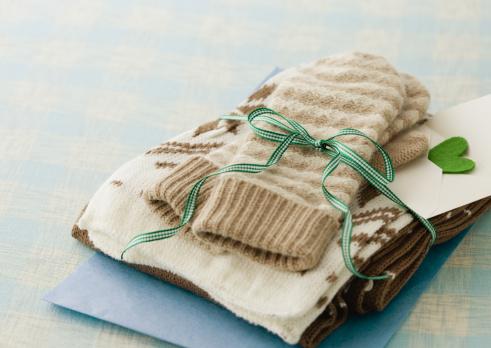 Knitted「Gloves and muffler」:スマホ壁紙(7)