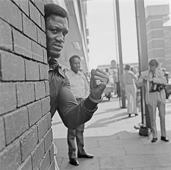 Brick Wall「Joe Frazier In London」:写真・画像(11)[壁紙.com]