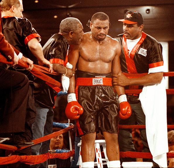 WBC「Oliver McCall」:写真・画像(4)[壁紙.com]