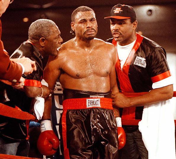 WBC「Oliver McCall」:写真・画像(1)[壁紙.com]