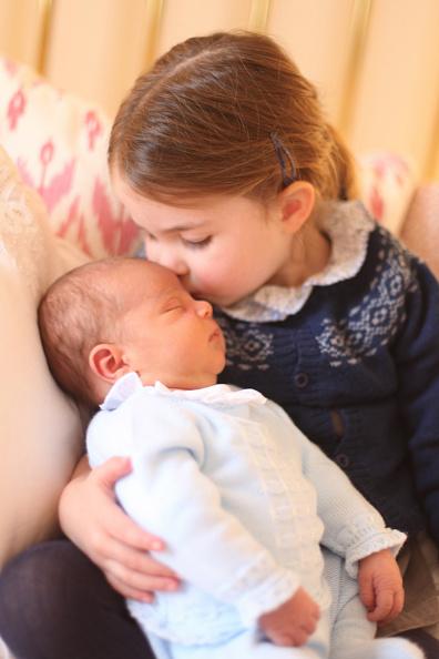 Princess Charlotte of Cambridge「Official Photographs of Princess Charlotte and Prince Louis」:写真・画像(17)[壁紙.com]