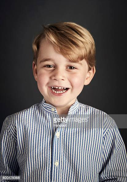 Smiling「Prince George of Cambridge Turns 4」:写真・画像(10)[壁紙.com]