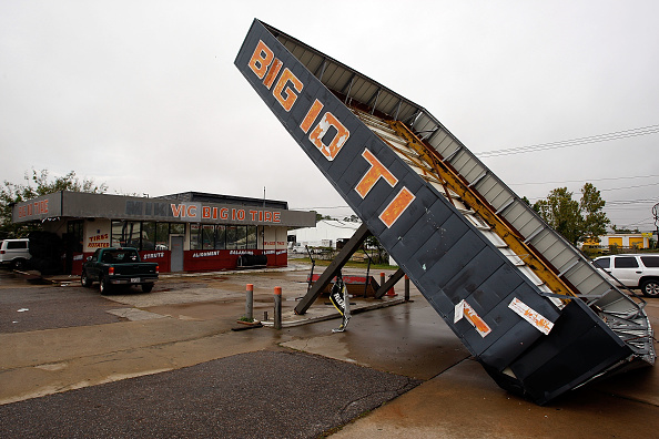 Hurricane Ike「Coastal Texas Faces Heavy Damage After Hurricane Ike」:写真・画像(7)[壁紙.com]
