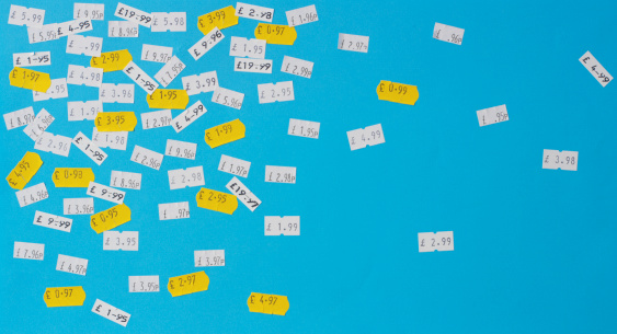 Price Tag「Price stickers in English currency on blue background」:スマホ壁紙(6)