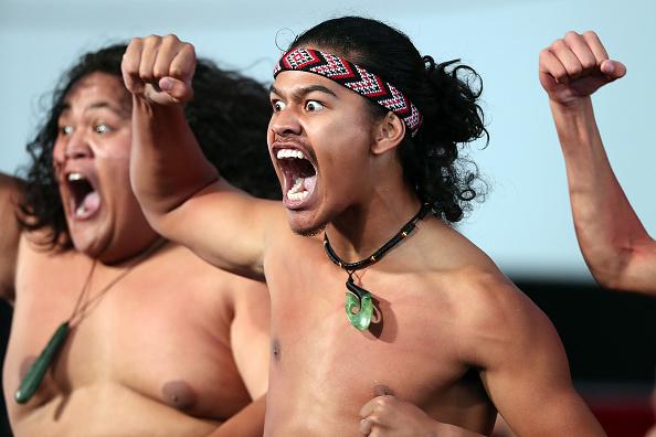 雲「World's Best Kapa Haka On Display At Te Taumata Kapa Haka」:写真・画像(3)[壁紙.com]