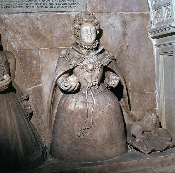 Alabaster「Alabaster statue of Queen Elizabeth I, 16th century.」:写真・画像(5)[壁紙.com]