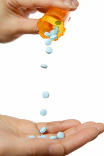 Pouring「Blue Pills」:スマホ壁紙(19)