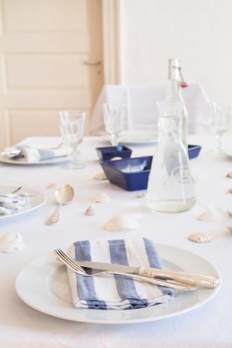 テーブルセッティング「Maritime laid table」:スマホ壁紙(7)