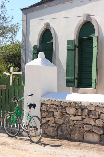 Methodist「Bike near Methodist church, Turks & Caicos」:スマホ壁紙(19)