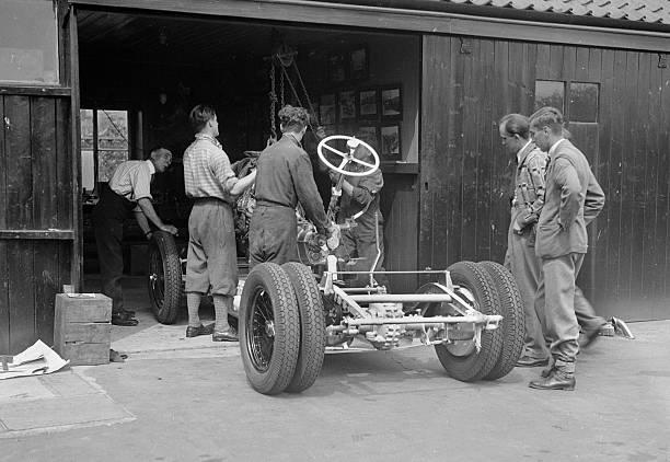 Working On Raymond Mays' Vauxhall-Villiers:ニュース(壁紙.com)