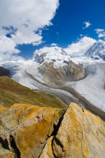 Pennine Alps「Jagged mountain scenery」:スマホ壁紙(10)