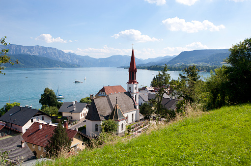 Salzkammergut「Austria, Upper Austria, view of Attersee at Lake Attersee」:スマホ壁紙(6)