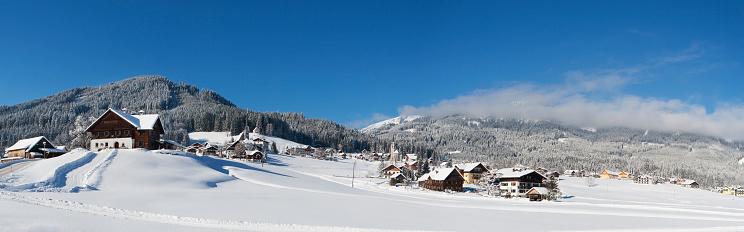 Ski Resort「Austria, Upper Austria, Salzkammergut, Gosau, Ski area Dachstein-West」:スマホ壁紙(9)