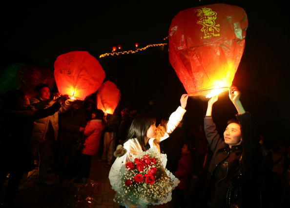 Chinese Lantern「Chinese Celebrate Valentine's Day」:写真・画像(15)[壁紙.com]