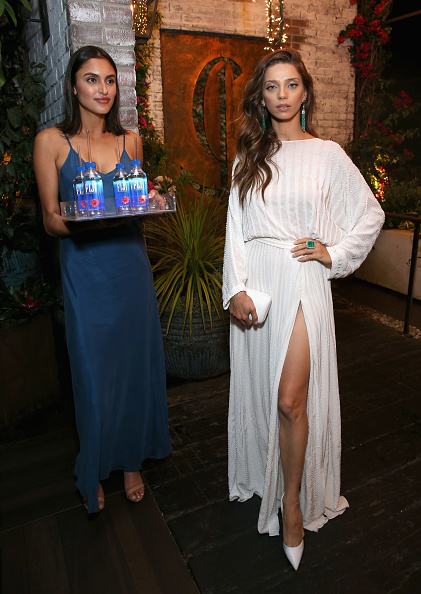 Golden Globe Award「FIJI Water at the Hollywood Foreign Press Association and InStyle's Celebration of the 2018 Golden Globe Awards Season and Unveiling of the Golden Globe Ambassador」:写真・画像(7)[壁紙.com]