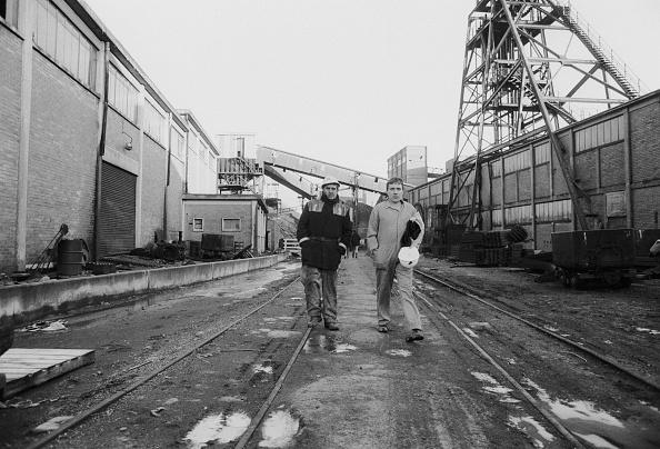 Steve Eason「Miners Return」:写真・画像(18)[壁紙.com]