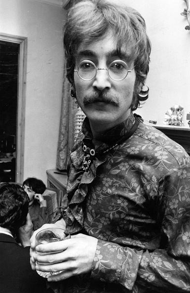 Portrait「John Lennon」:写真・画像(16)[壁紙.com]