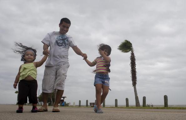 Hurricane Ike「Texas Gulf Coast Prepares For Hurricane Ike」:写真・画像(0)[壁紙.com]