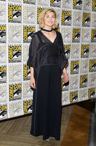 黒のパンツ「Comic-Con International 2018 -  BBC America's 'Doctor Who' Press line」:写真・画像(6)[壁紙.com]