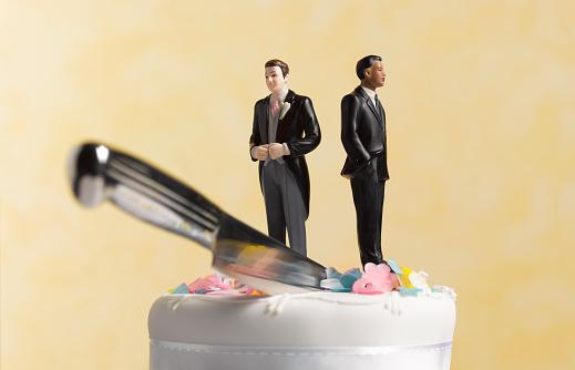 Married「Gay civil partnership divorce」:スマホ壁紙(0)