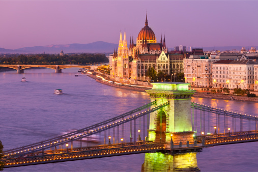 UNESCO「Budapest, Chain Bridge and Parliament Building」:スマホ壁紙(4)