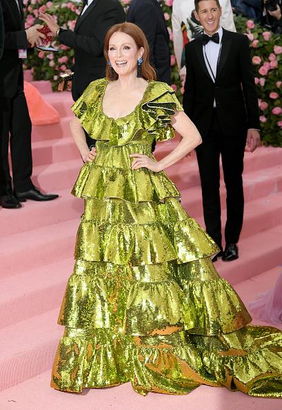 Scooped Neck「The 2019 Met Gala Celebrating Camp: Notes on Fashion - Arrivals」:写真・画像(19)[壁紙.com]