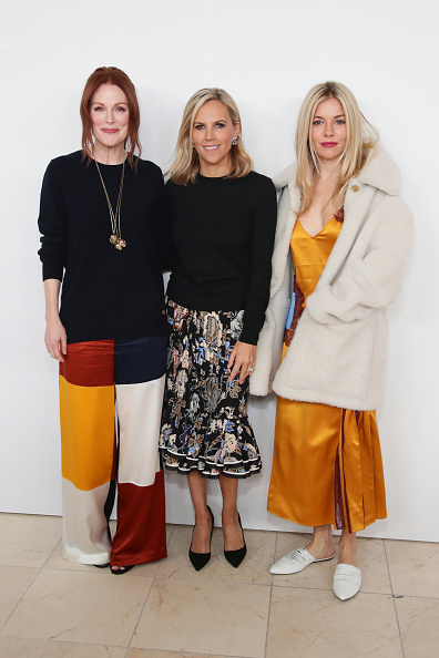 Sienna Miller「Tory Burch - Backstage And Front Row - February 2018 - New York Fashion Week」:写真・画像(0)[壁紙.com]