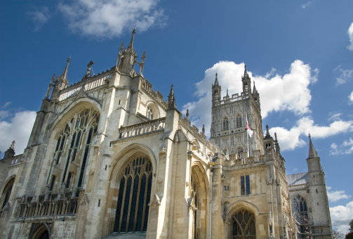 Abbey - Monastery「Dramatic View Of Gloucester Cathedral In The UK」:スマホ壁紙(12)